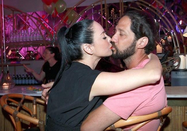 חייבת נשיקה (צילום: ענת מוסברג)