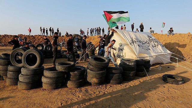 Preparations for protests on Gaza border, Monday morning