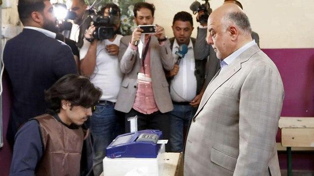 חיידר אל עבאדי  (צילום: AFP, HO / IRAQI PRIME MINISTER'S PRESS OFFICE)