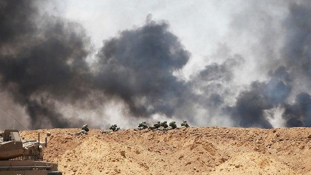 חיילים ברצועת עזה (צילום: רויטרס)