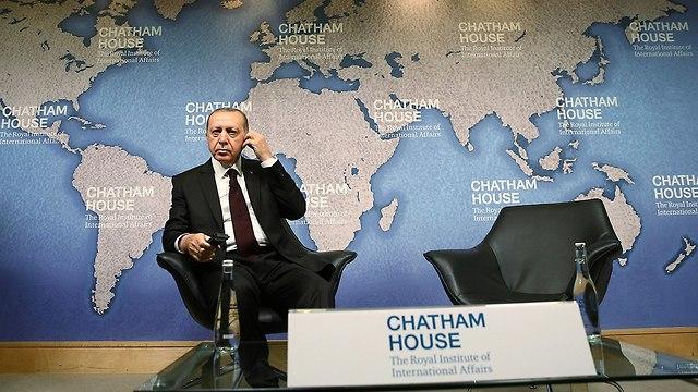 נשיא טורקיה רג'פ טאיפ ארדואן ביקור ב לונדון בריטניה (צילום: AP)