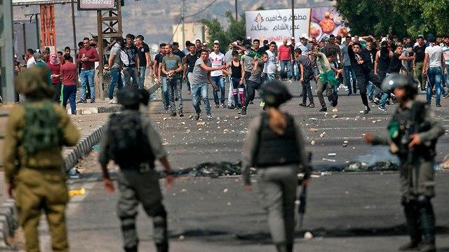 Столкновения палестинцев с ЦАХАЛом у КПП Хавара в Самарии. Фото: AFP