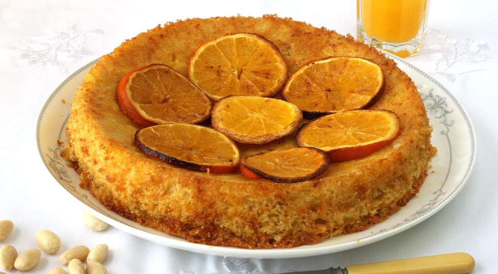 עוגת שקדים ותפוזים ללא חלב וגלוטן (צילום, סגנון והכנה: אסנת לסטר)