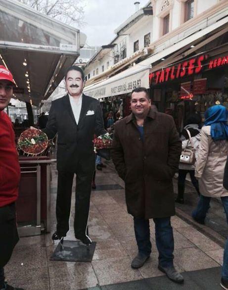 עמי אוזן באחד מביקוריו הרבים בטורקיה