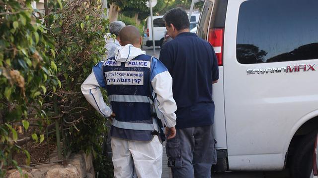 רצח שתי אחיות נרצחו יפו אח חשוד (צילום: מוטי קמחי)