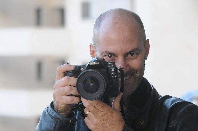 צלם הפפראצי ברק פכטר (צילום: בועז רבינוביץ')