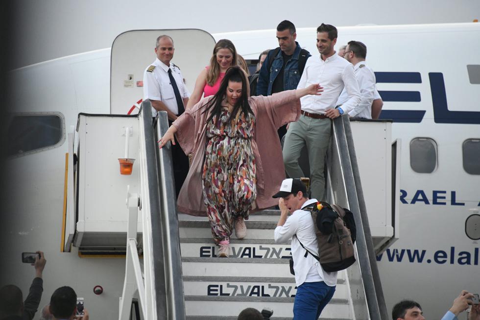 """""""נטע התקשרה לפני הנסיעה לליסבון וביקשה להגיע לחנות. הרגשנו שיד הגורל הפגישה אותנו, כי רצינו ליצור איתה קשר כבר קודם ולא ידענו איך עושים את זה"""". ברזילי באוברול של סטלה אנד לורי (צילום: יאיר שגיא)"""