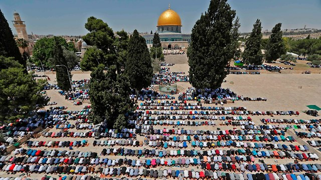 Friday prayer services of the Muslim holy month of Ramadan at Jerusalem's Al Aqsa Mosque (Photo: AFP)