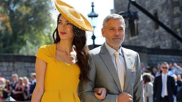 ג'ורג' קלוני אמל קלוני אורחים מגיעים ל טירת וינדזור חתונה הנסיך הארי מייגן מרקל (צילום: AP)
