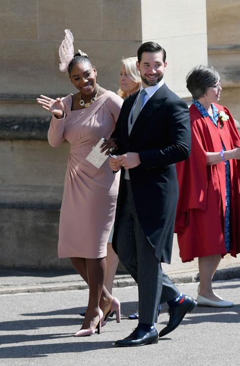 גם סרינה וויליאמס בחרה בשמלה ורדרדה, הפעם של ורסאצ'ה (צילום: GettyimagesIL)