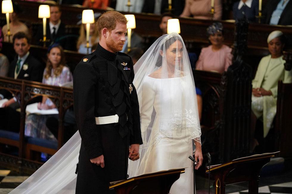 סוף לשמועות: מייגן מרקל בשמלת כלה של ז'יבנשי (צילום: AFP)