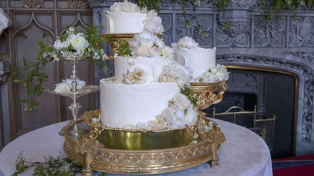 עוגת החתונה של מייגן מרקל והנסיך הארי (צילום: Gerry Images)