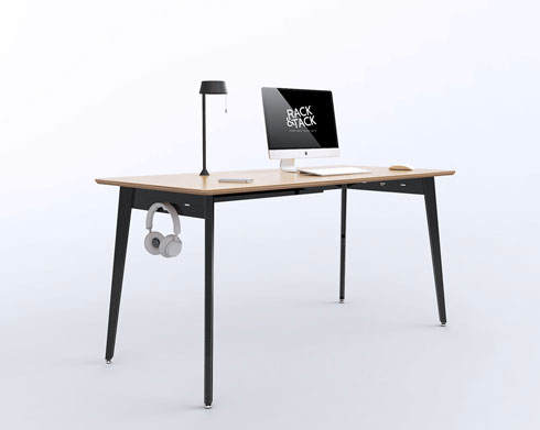 שולחן ליבנה עם מנורת מתכת, 2,200 שקלים, rack&tack (צילום: rackandtack.com)