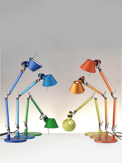 אלומיניום במראה קלאסי ובצבעוניות שובבה. מ-700 שקלים, קמחי תאורה (צילום: בן לורנס ל-ARTEMIDE)