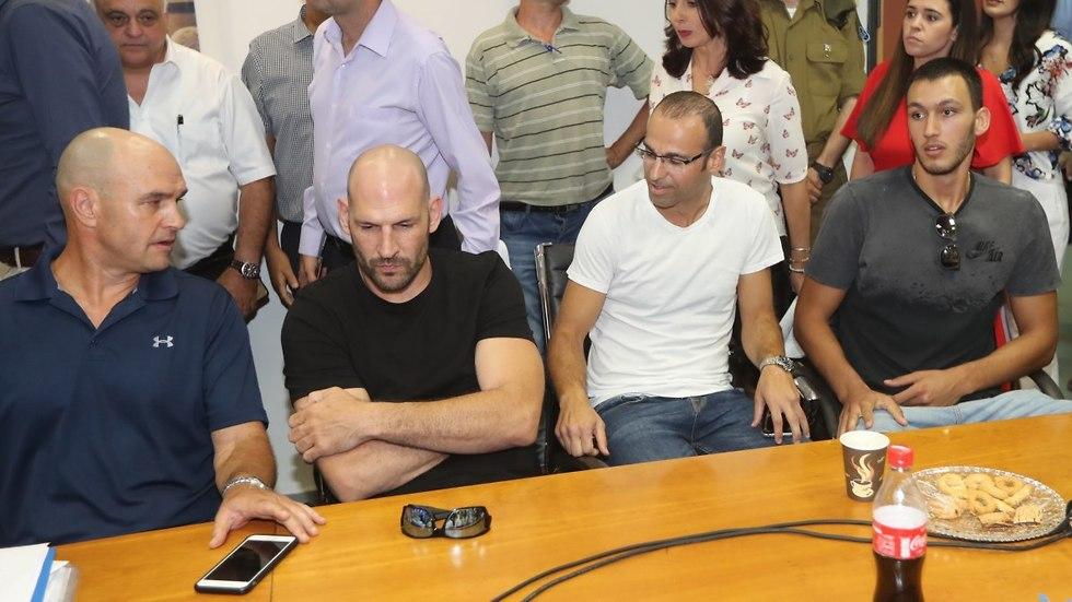 נמרוד לוי, אפיק ניסים, עידו קוז'יקרו וניר אלון (צילום: אורן אהרוני)