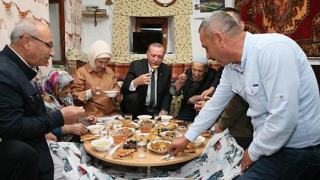 נשיא טורקיה רג'פ טאיפ ארדואן (צילום: AFP)