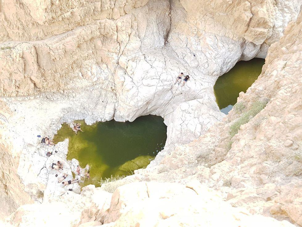 בריכת צפירה במבט מלמעלה (צילום: סיוון כהן אביטן, שמיים במים - עמותת תיירות ערד)
