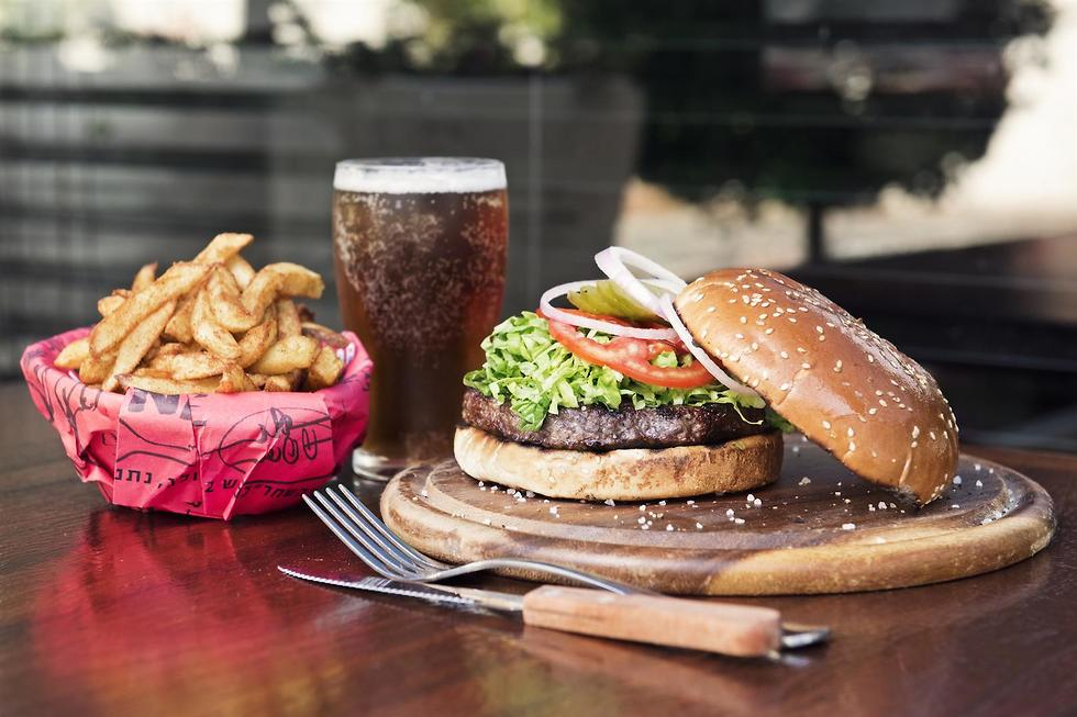 המבורגר עד 59 שקלים (צילום: סטס קורינסקי)
