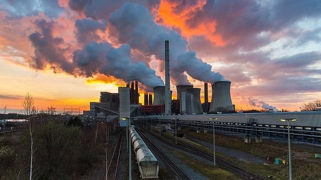 תחנת כוח מזהמת בגרמניה (צילום: shutterstock)
