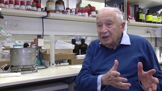 פרופ' רפאל משולם (צילום: ynet)