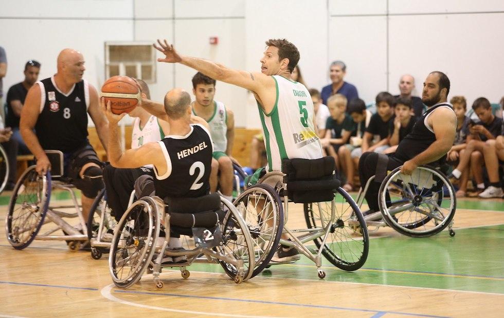 כדורסל בכיסאות גלגלים (צילום: פרטי)
