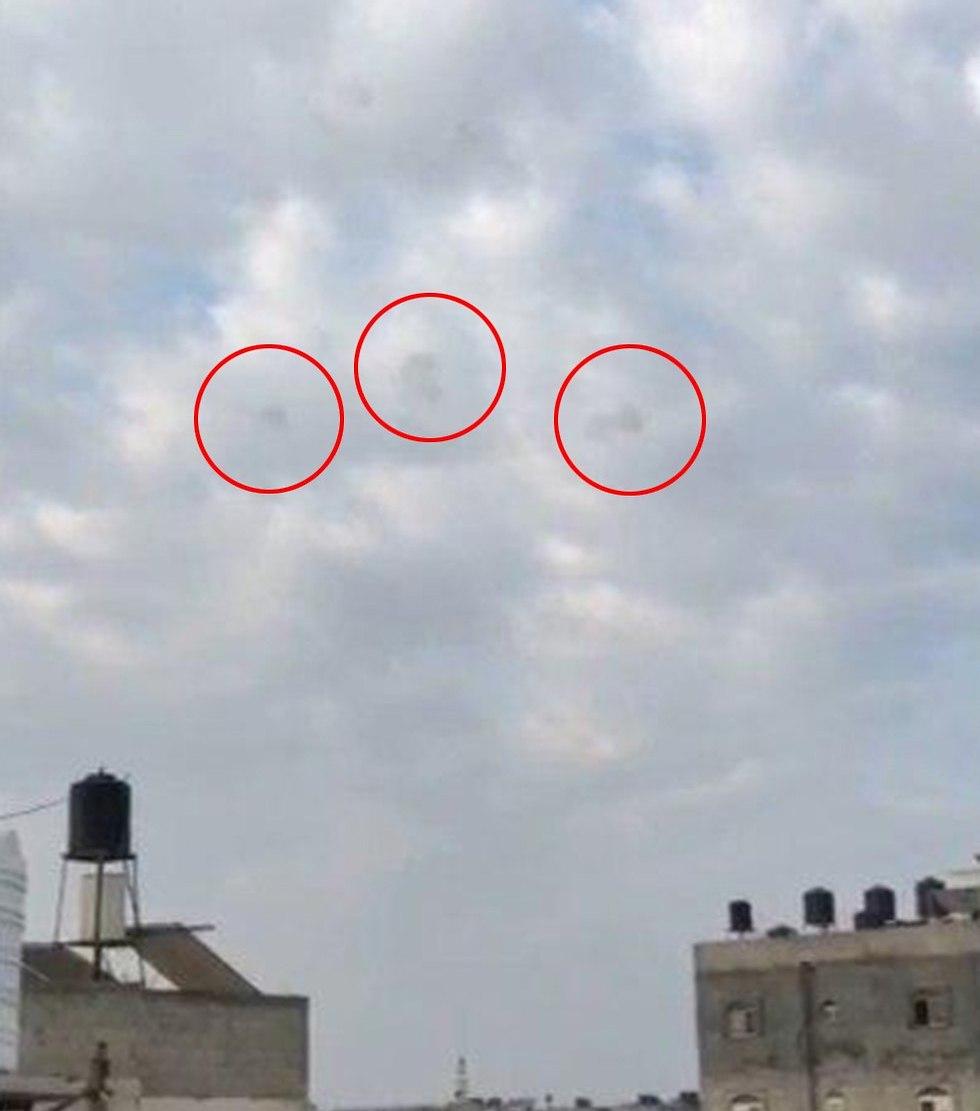 תיעוד ירי רקטות מ רצועת עזה לשטח ישראל ()