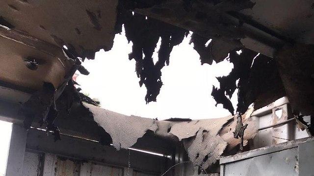 פגיעת פצצת מרגמה (צילום: אושרי צימר)