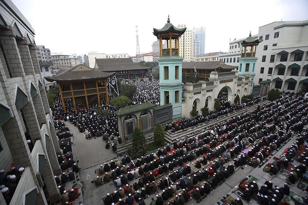 סין מוסלמים מחנות חינוך מ חדש ארכיון (צילום: gettyimages)