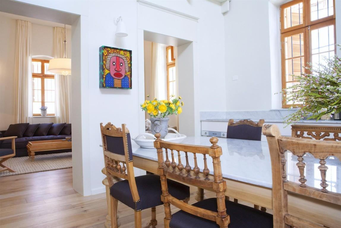 מלון בית ורסנו רומן אברמוביץ' (צילום: כפיר בולוטין)