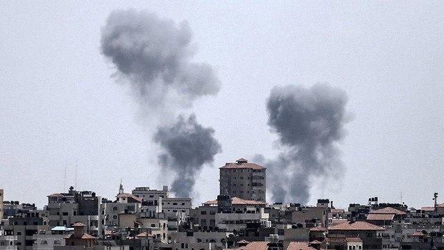 תקיפת מוצב חמאס ב אזור מחנה ה פליטים שאטי ב מערב עזה צה