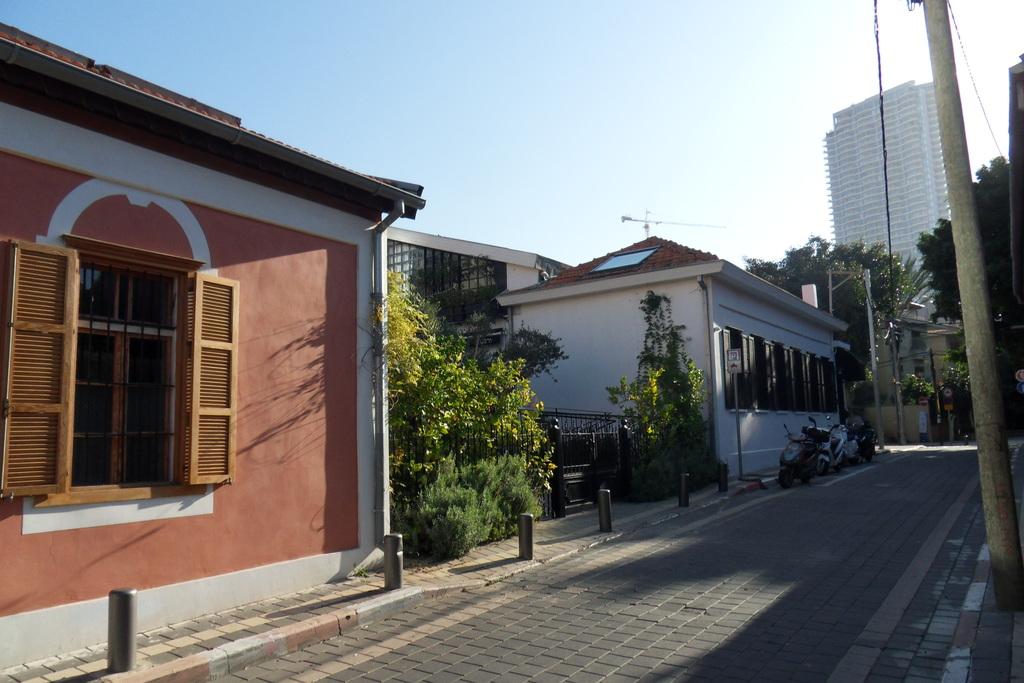 Дом-бутик Абрамовича в Неве-Цедеке