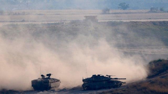 IDF on Gaza border (Photo: AP)