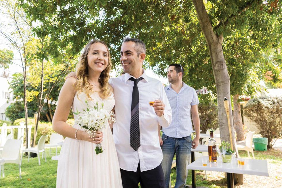 """החתונה של תומר וכריס: """"מצאנו דרכים יצירתיות להוזיל עלויות"""" (צילום: אלבום פרטי)"""
