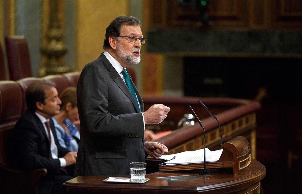 ראש ממשלת ספרד מריאנו ראחוי הצבעת אי אמון פרלמנט (צילום: gettyimages)