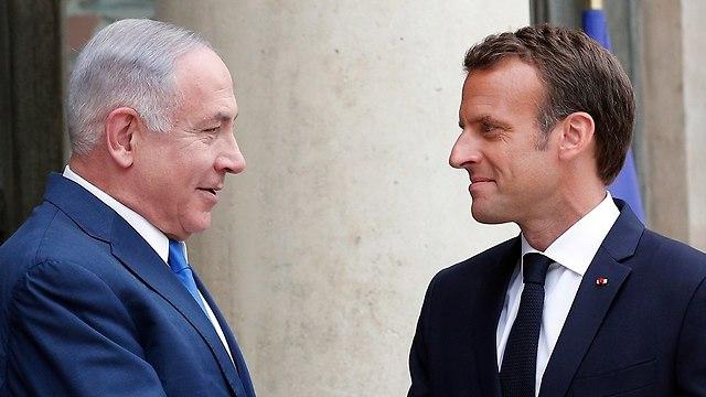 Netanyahu and Macron meet in Paris (Photo: AP)