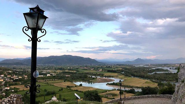 מבצר רוזפה שקודרה אלבניה נוף ()