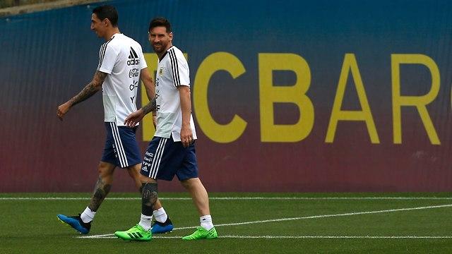 מסי באימון של נבחרת ארגנטינה בברצלונה (צילום: AP)