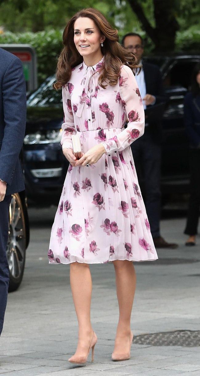 גם קייט אהבה את השמלות של המותג (צילום: gettyimages)