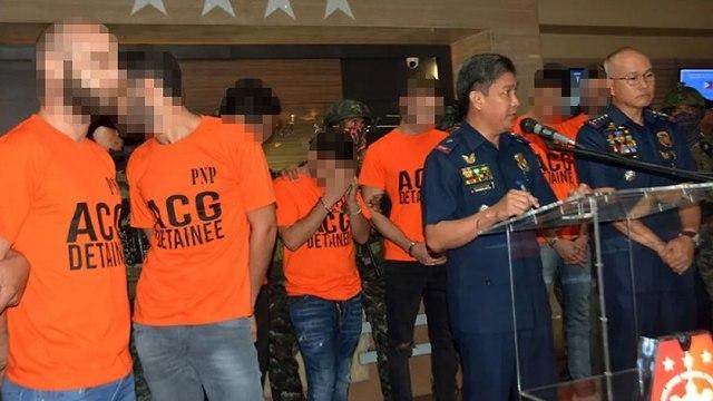 Задержанные израильтяне. Фото: Sunstar Manila