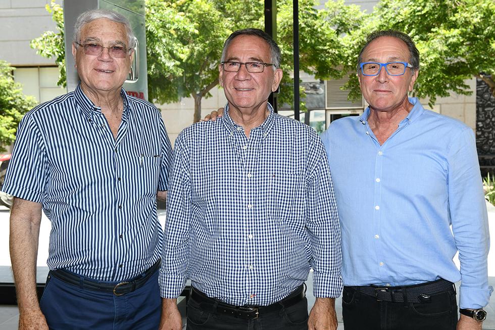 רכילות עסקית קובי רוגובין, משה פדלון ויענקל'ה שחר (צילום: ישראל הדרי)
