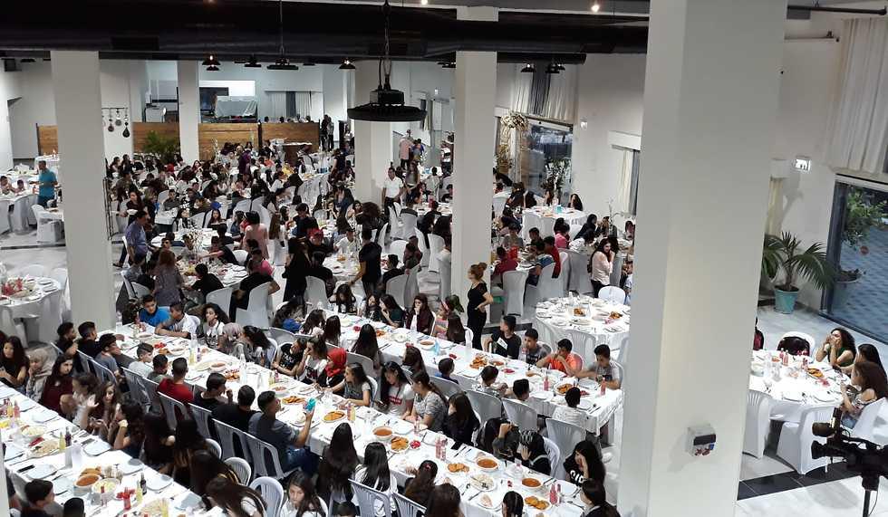 סעודת רמאדאן למען אנשים עם צרכים מיוחדים (צילום: גאבר אסדי)