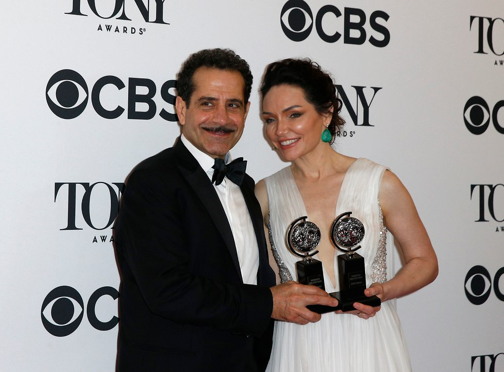 Actors Tony Shalhoub and Katrina Lenk with Tony awards (Photo: Brendan McDermid)