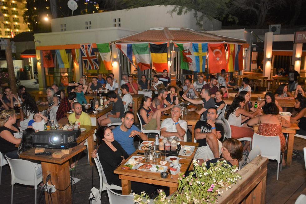 מסעדות במונדיאל (צילום: מאיר אוחיון)