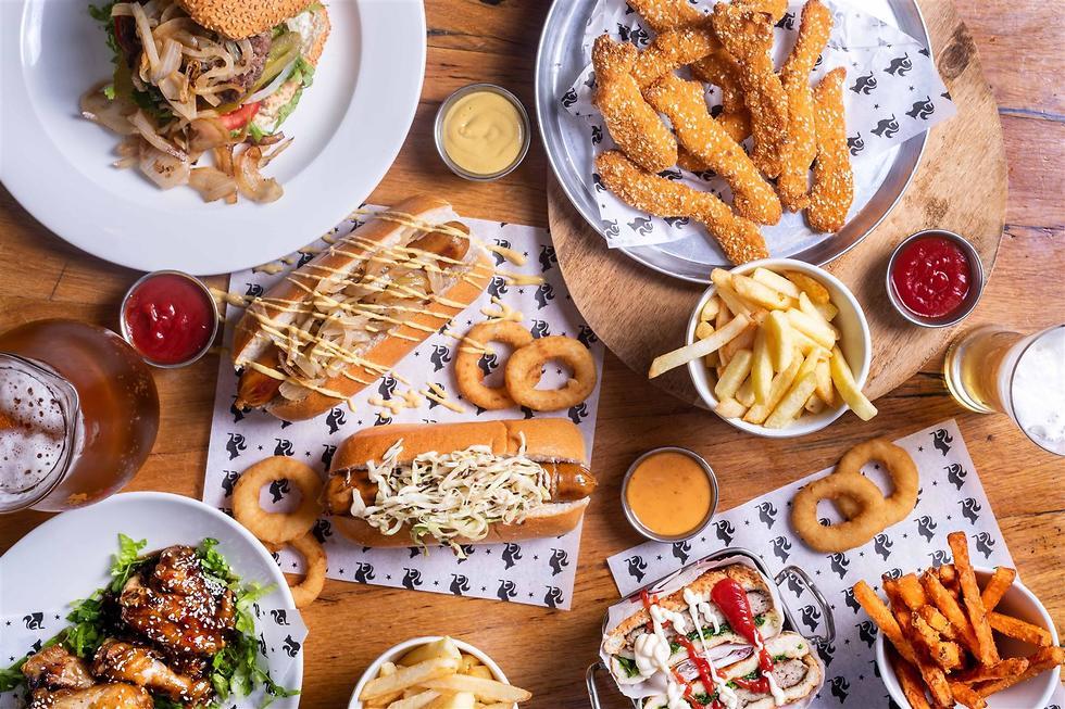 מסעדות במונדיאל (צילום: יהונתן בן חיים)