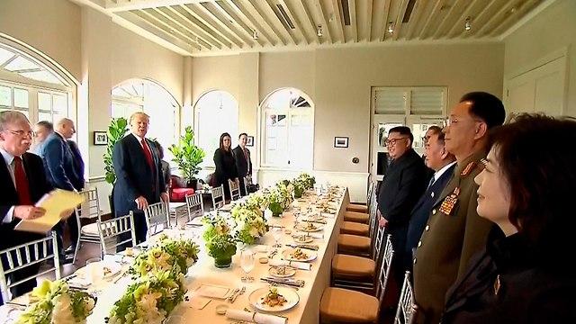 פגישה דונלד טראמפ עם קים ג'ונג און (צילום: AP)