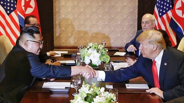 דונלד טראמפ עם קים ג'ונג און (צילום: gettyimages)