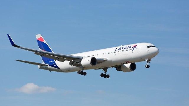 מטוס לאטאם (צילום: shutterstock)