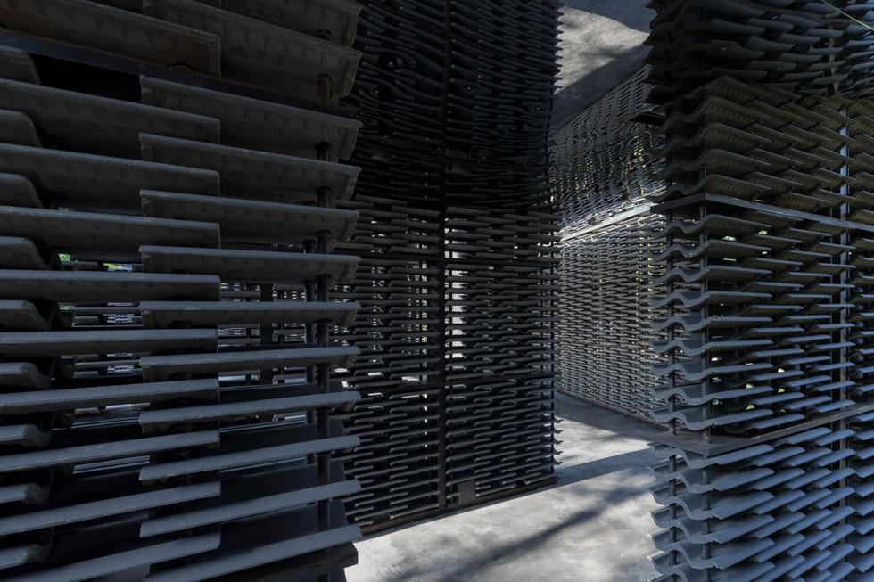 ביתן הקיץ של גלריה סרפנטיין, 2018. מיטב האדריכלים העולמיים מחכים להזמנה השנתית להיות חלק מהנבחרים (עיצוב: Frida Escobedo, Taller de Arquitectura, צילום: Iwan Baan)