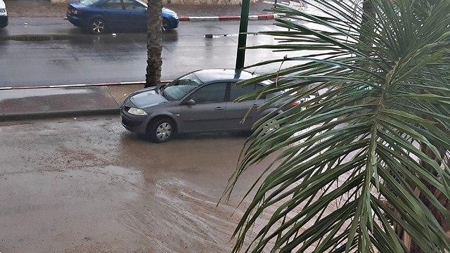 גשם באשקלון (צילום: יואן)