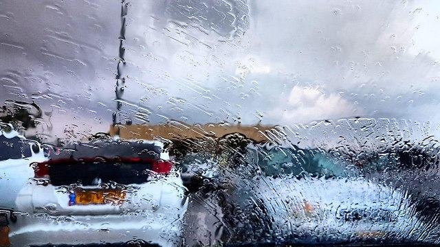 גשם אשקלון תחזית מזג אוויר (צילום: אנה פולנסקי)
